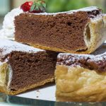 Greek cake with amaretti and chocolate