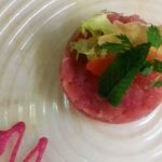 Tuna tartare with beetroot mayonnaise